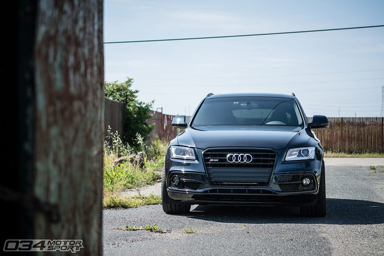 Russ' Modded Audi SQ5 - Lowered on HRE Wheels